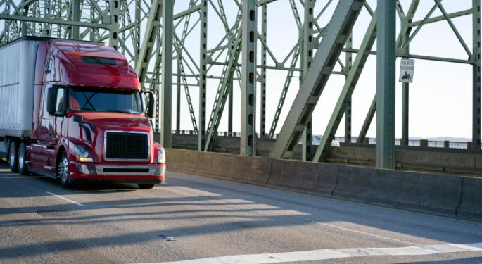 Trucking Rates Are Starting To Plateau, But Market Remains Strong Says ATA Economist