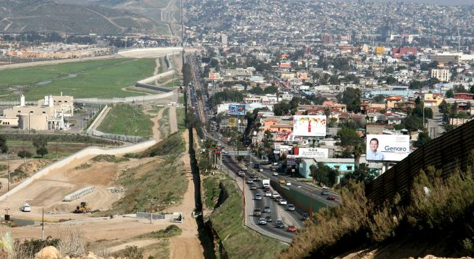 Officials Say Migrant Checkpoint In Mexico Affects Cargo Truck Wait Times In Ciudad Juarez