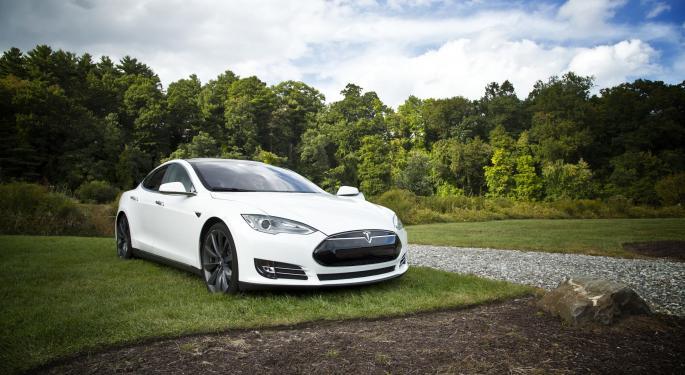 Big Oil Should Be 'Terrified' Of Tesla