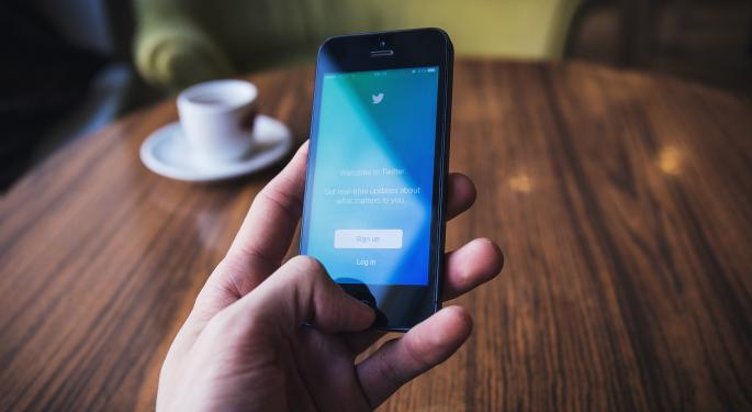 Victor Anthony Downgrades Twitter, Sees Limited Visibility
