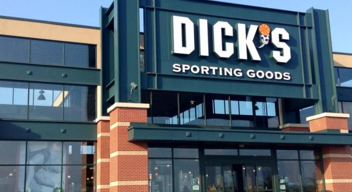 Street Reacts To Dick's Sporting Goods Q4 Earnings, Stock Drop: Stay On The Sidelines