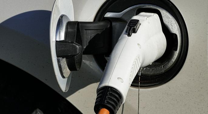 Today's Pickup: Study Suggests Managing Electric Grid Would Offset Power Demands Of EVs
