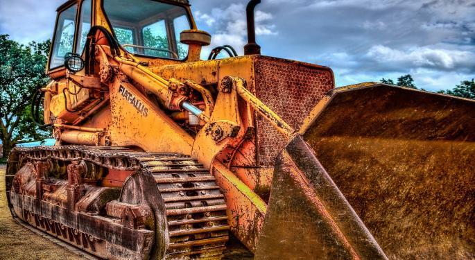 Caterpillar's Warning Moves Industrial Stocks