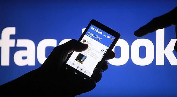 Facebook Falls After Missing Q2 Sales Estimates