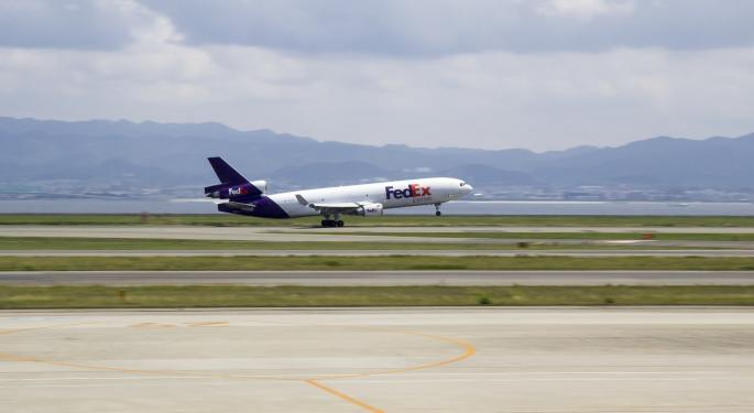 FedEx Shares Fall On Earnings Miss, Lower Guidance