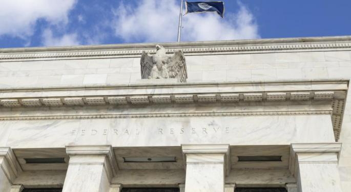 The Fed Would Be 'Dumb' To Raise Interest Rates
