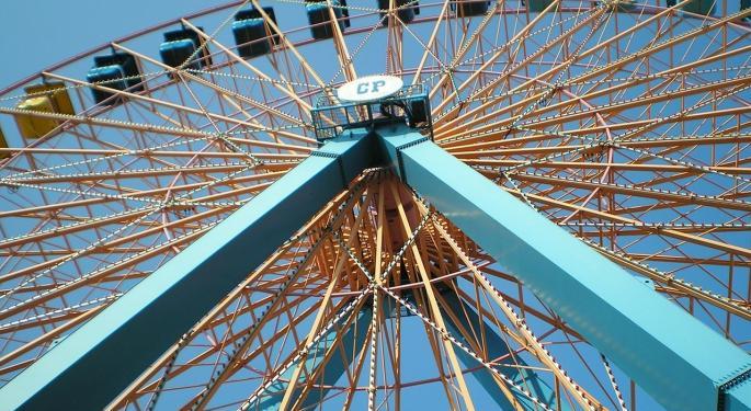 Cramer's Battle Of Amusement Park Stocks: Cedar Fair Vs. Six Flags