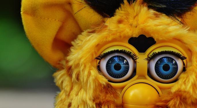 Buy Hasbro As Toys 'R' Us Liquidates, Says KeyBanc Analyst