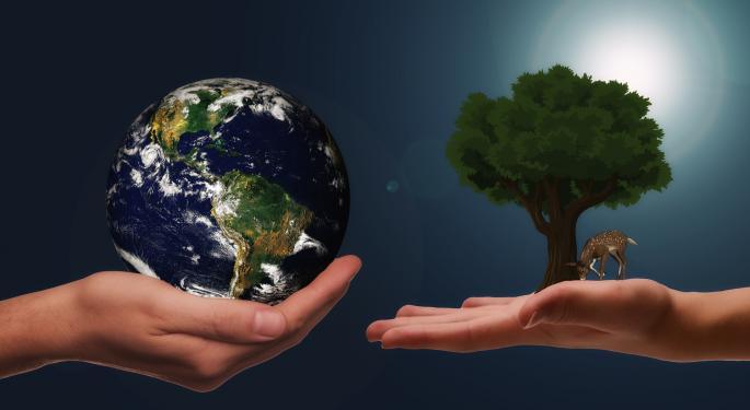 Assets Continue Pouring Into ESG ETFs
