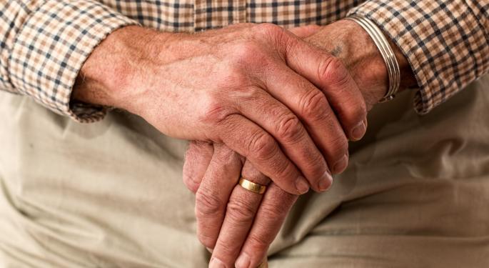 Biogen's Alzheimer's Drug Has 'Decent Shot' At FDA Approval, Analyst Says