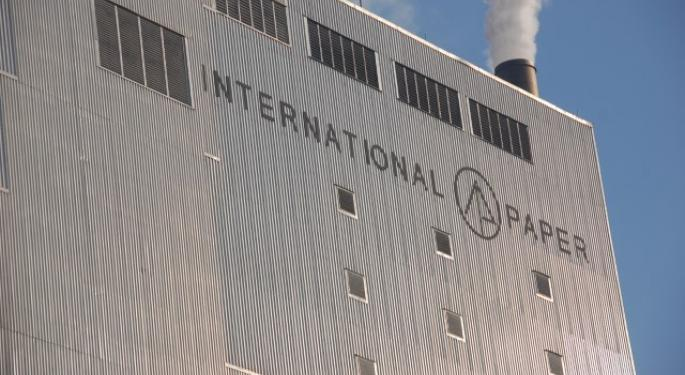Analysts: International Paper's Smurfit Kappa Acquisition Could Create Near-Term Difficulties