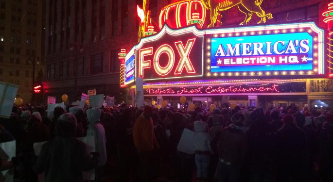 Video: Protesters Call For $15 Minimum Wage Outside Detroit's GOP Debate