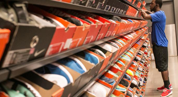 How Nike And Foot Locker Trade Together