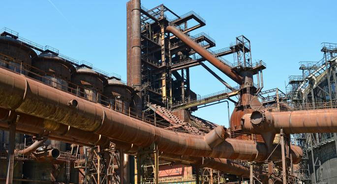 Top Steel Analyst Responds To Cliffs Q4: Iron Ore Prices Going To 'Fall Hard'