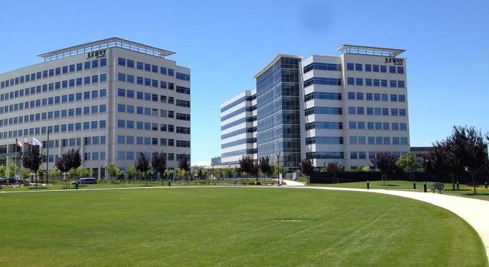 Why These Juniper Networks Analysts Remain On The Sidelines