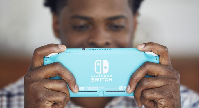 Wedbush: Nintendo's New Switch Lite A Sales Driver