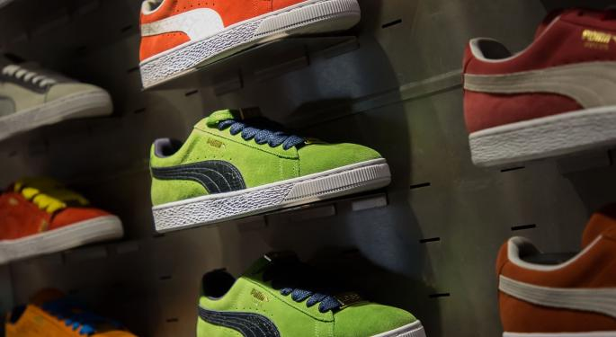 Cowen Weighs Puma's Market Share Opportunity Against Potential Athletic Apparel Slowdown, European Concerns