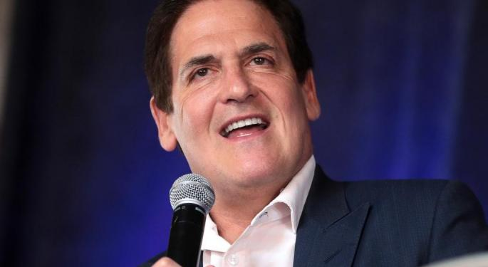 Mark Cuban Owns Almost $1B Of Amazon Stock, Calls It The 'Best Startup In The World'