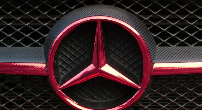 Mercedes Aims For Uber