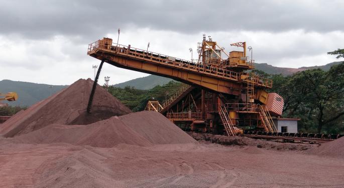 Dry Bulk Extends Slide As Vale Shaves Iron-Ore Forecast