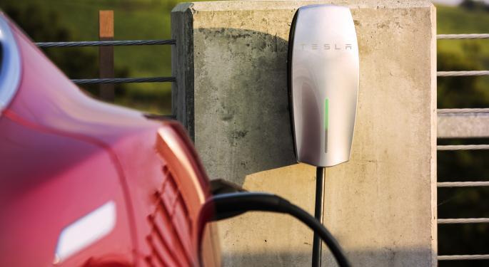 Wedbush Says Tesla Poised For Q4 Delivery Upside On Model 3 Demand, European Strength