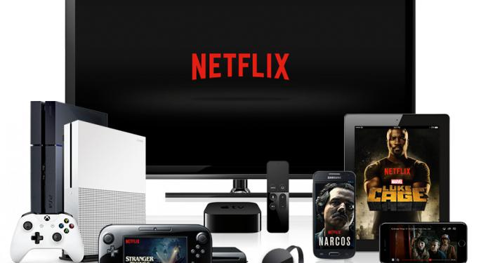 Goldman Sachs Raises Netflix Price Target To $490, Projects Positive Cash Flow By 2022
