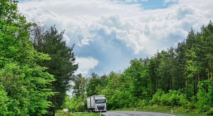 """Canadian Trucking Alliance Head Bemoans """"Bastardized"""" Freight Marketplace, Driver Inc"""
