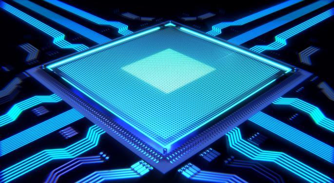 Goldman's Chipmaker Pair Trade: Sell Intel, Not AMD