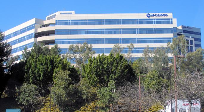 For Qualcomm, It's What's Outside That Counts: Business Dynamics Overshadowed By Apple Litigation, NXP Merger