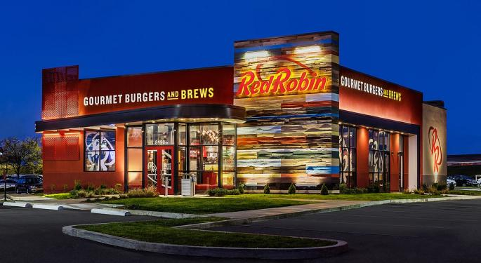 Red Robin Gourmet Burgers Downgraded After Q1 Print Falls Short Of BTIG's Expectations