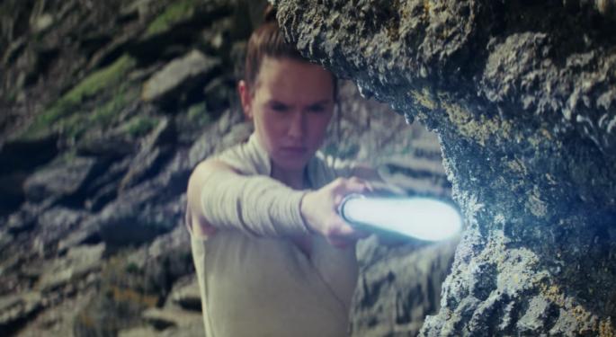 8 Of The Hottest 'Star Wars: The Last Jedi' Fan Theories