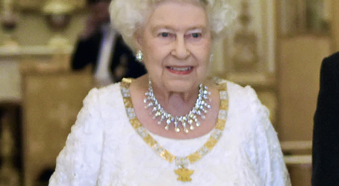 Queen Is 'Supportive' Of Prince Harry And Meghan's Decision To Be Financially Independent