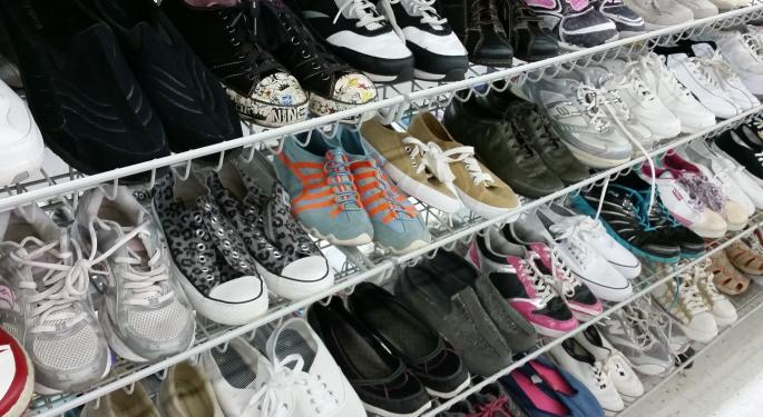 Is Another Potential Acquisition Coming For Foot Locker? Analyst Looks At European Market