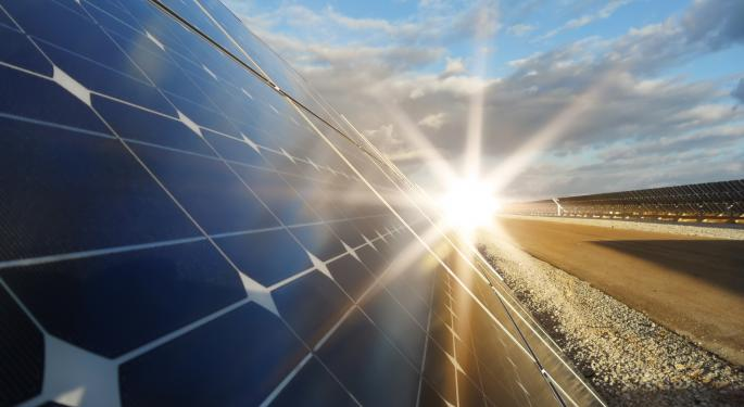 First Solar Rises Over 9% After 3Q13 Financial Results