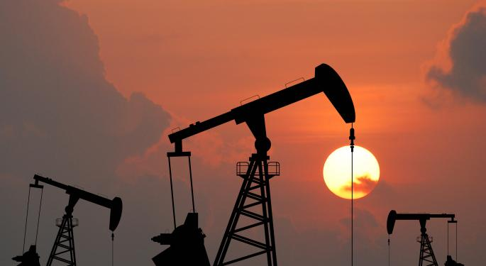 Brent Poised for Monthly Gain, Quarterly Loss