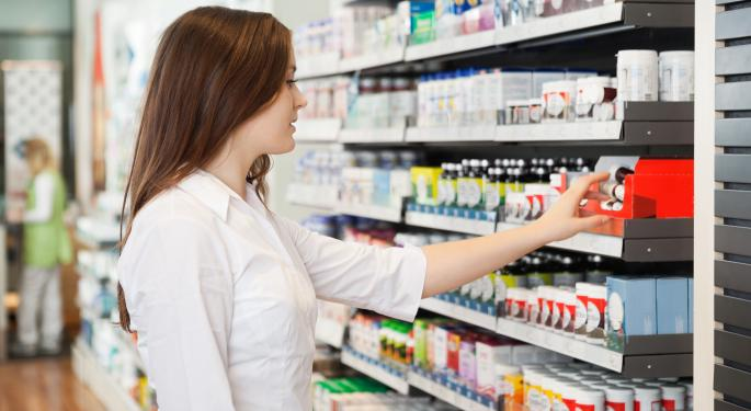 Walgreens vs. Rite Aid: Which is the Better Bet?