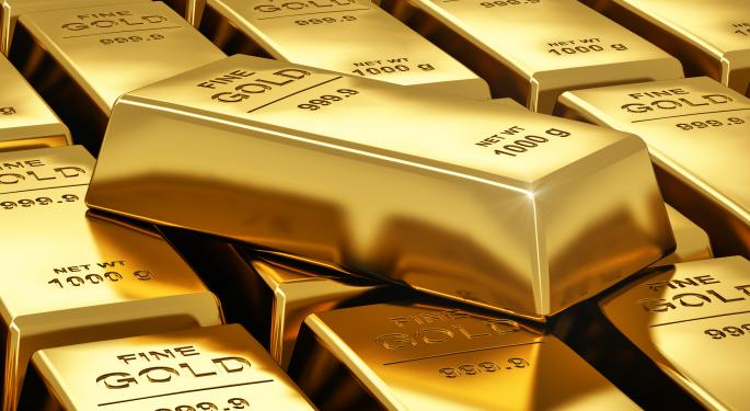 Gold Extends Sell-off as Tapering Speculation Rises