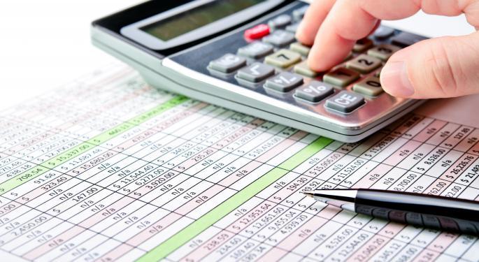 Meisa Bonelli Talks Tax Strategies For Traders And Embarrassing Tax Questions