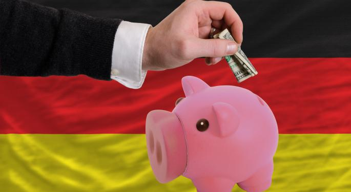 Fitch Says Some German Banks to Ditch Trading