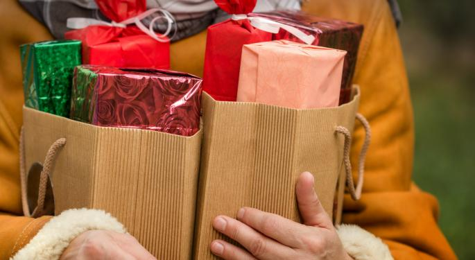 Retailers Work to Squeeze in More Sales During Shortened Holiday Season