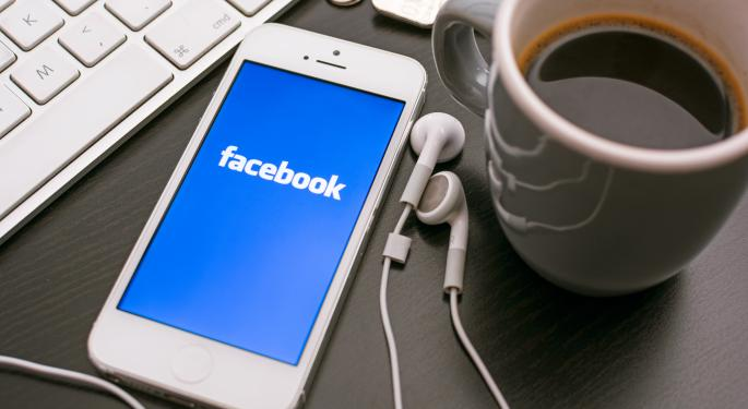 Facebook Not Losing Popularity With Potential Professionals