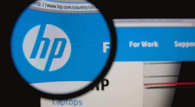 Hewlett-Packard Barely Moves After Q4 Earnings Beat