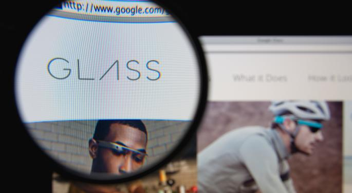 6 Reasons Google Glass Needs More Positive Buzz