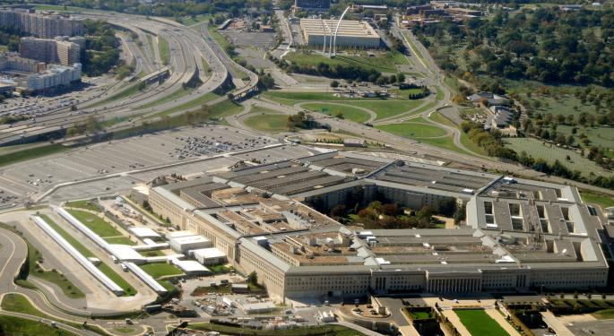 Is the Pentagon's Decision to Allow iOS and Android Devices Bad News for BlackBerry?