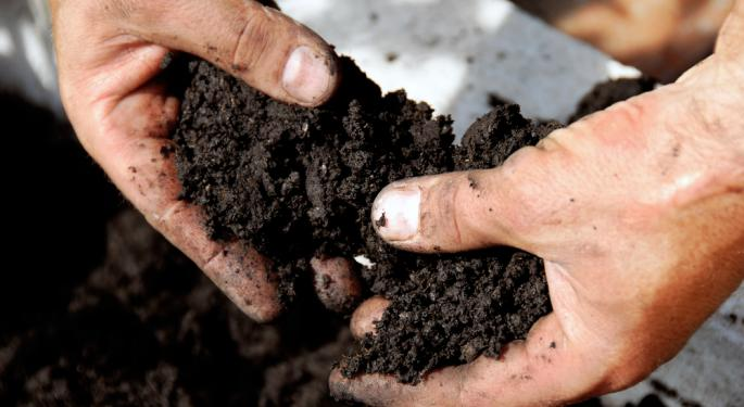 Tuesday's Pair Trade: Fertilizer Providers