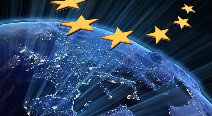 Euro Strong On Highly Anticipated GDP Data