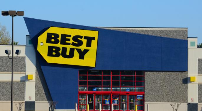 Best Buy Tops Estimates, Surges on Friday