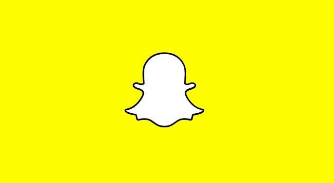 Deutsche Bank Analyst Sees Improvement At Snapchat
