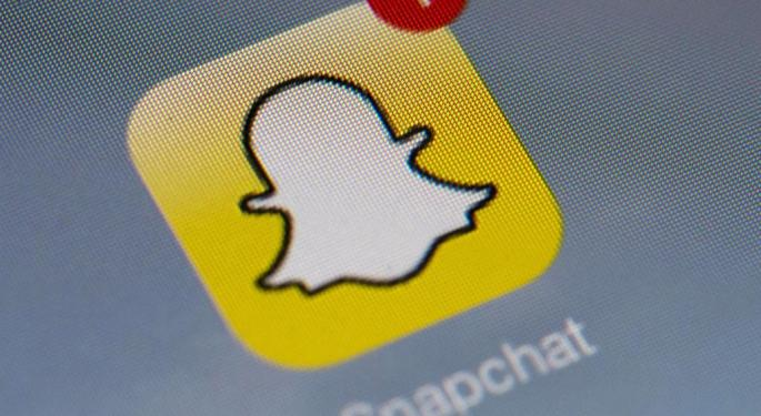 No More Screenshots? Snapchat Introduces Three Replays For Under $1