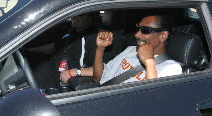Snoop Dogg Moves Forward With His Pot-Based Fund